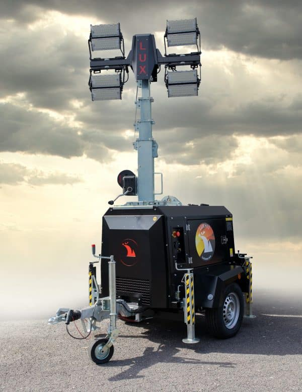 Light mast 8.5m with a trailer